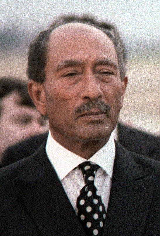 anwar sadat speech to the knesset Sadat, anwar al- (1918–1981)  in late 1977 sadat made his dramatic trip to jerusalem to deliver a speech to the knesset, in which he offered israel peace,.