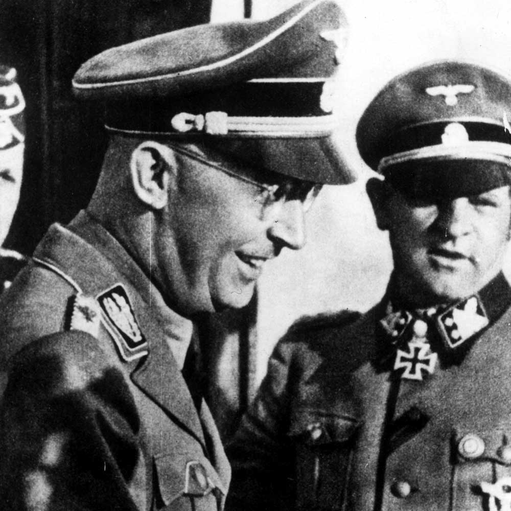 a biography of the life and times of heinrich himmler The final moments of nazi monster heinrich himmler can be revealed 65 years after his suicide at about the same time gestapo chief himmler fled berlin and attempted to disguise himself by then 27 - and another officer were tasked with challenging himmler before he took his life.