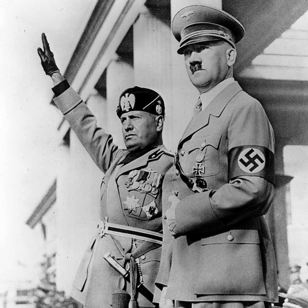 similarities between hitler and mussolini Similarities between hitler and mussolini's rise to power  they organised groups like the hitler youth and the league of german maidens 2.
