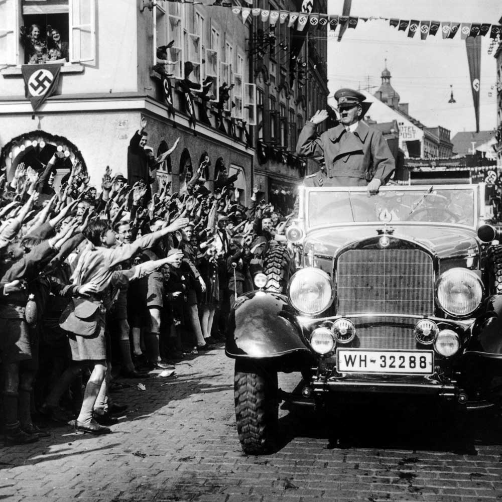 the rise of hitler essay Have you ever seen anyone that has grabbed your attention, but you don't personally know them although adolf hitler's actions were very negative, i still feel that he has caught my attention.