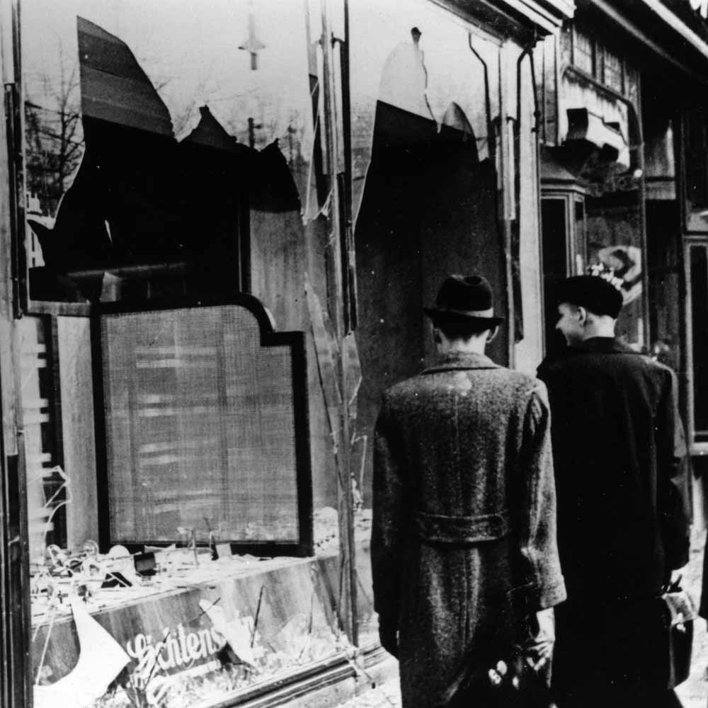 what happened during kristallnacht